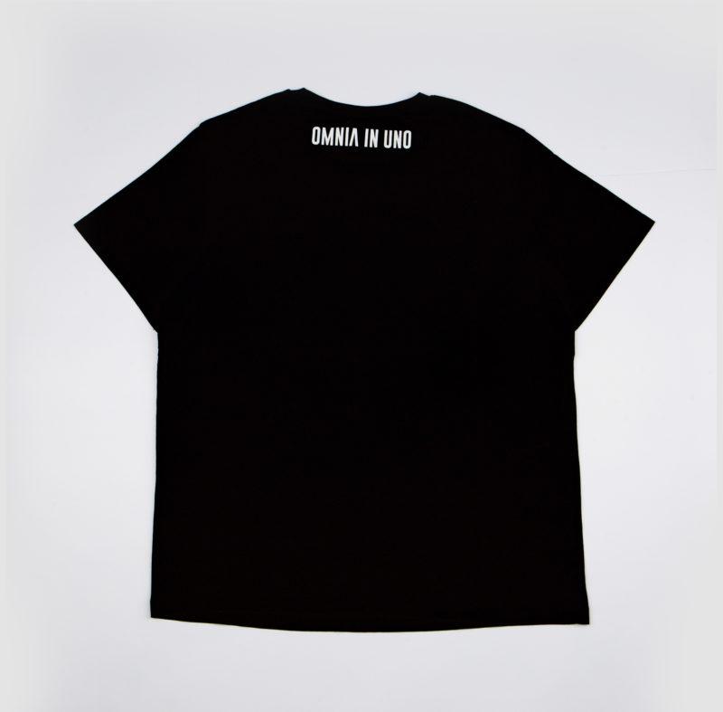 Black T-shirt • OMNIA IN UNO