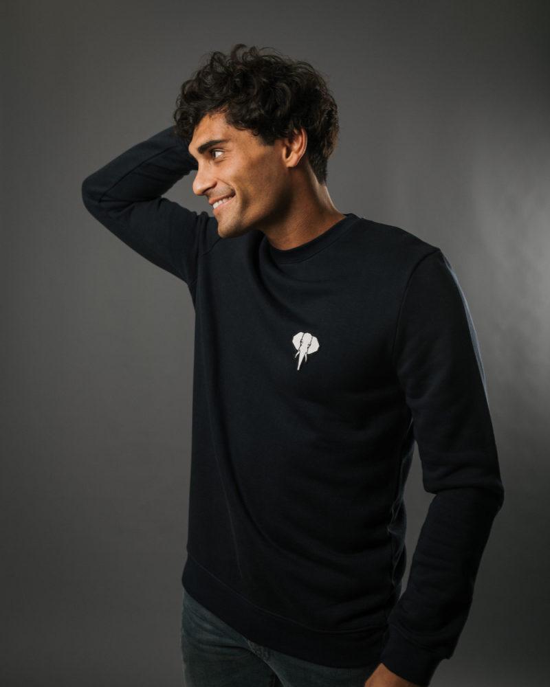 navy sweatshirt white logo omnia in uno